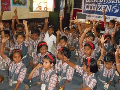 2015-12.Compassionate Citizen classroom presentation (4)